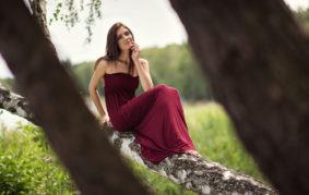 kobieta modelka dziewczyny suknia sesja piękna brunetka hostessa piotr dejneka fotograf